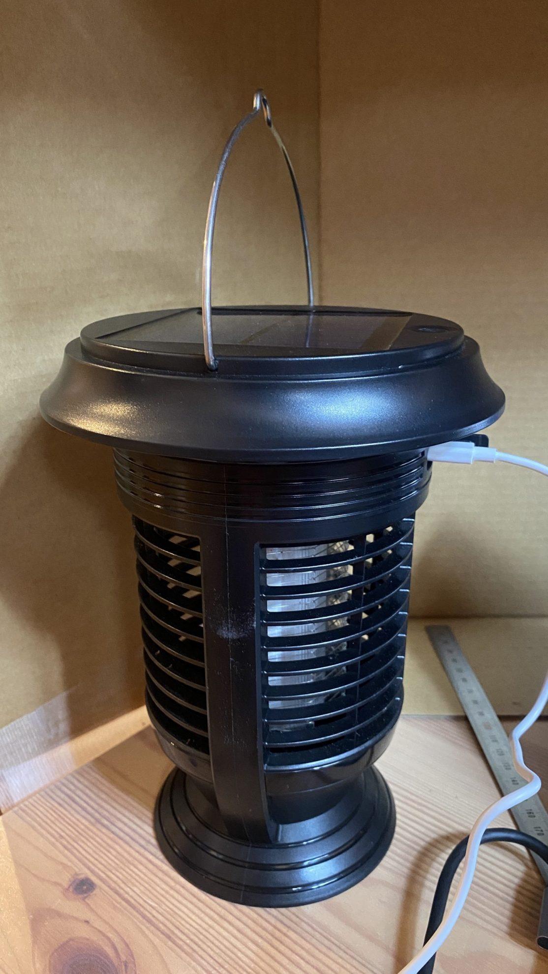 高電圧捕虫器